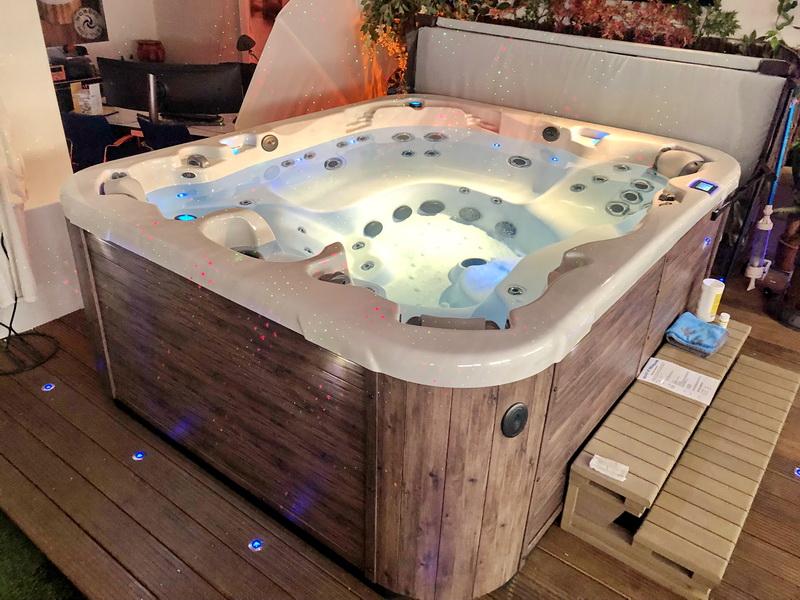 Whirlpool Schnäppchen - Gebrauchte Außen-Whirlpool und ...