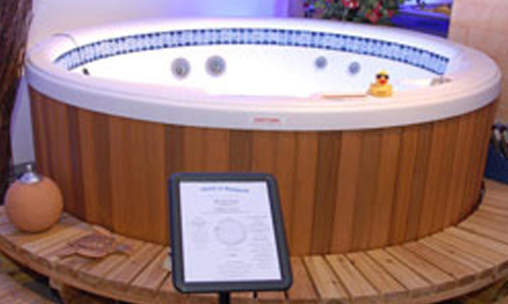 ausstellungs whirlpools gebrauchte au enwhirlpools jacuzzis nrw world of whirlpools. Black Bedroom Furniture Sets. Home Design Ideas